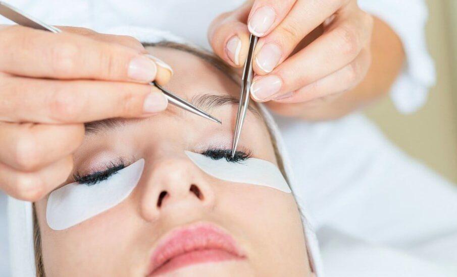 Eyelash Extension Technician