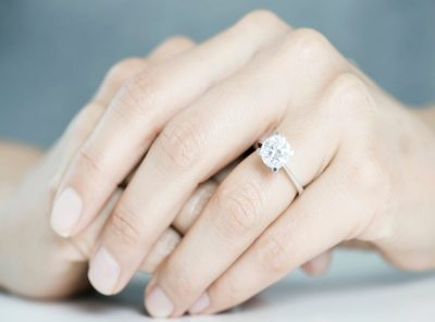Buy the best quality engagement ring for your better half!!
